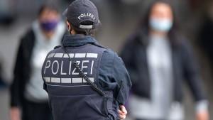 Massenandrang in Stuttgarter Innenstadt mündet in Randale