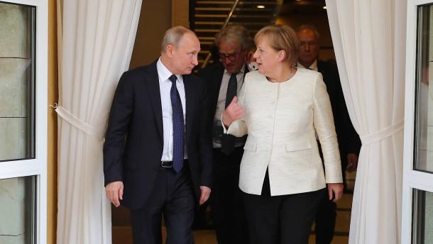 Treffen auf Schloss Meseberg: Merkel empfängt am Wochenende Putin