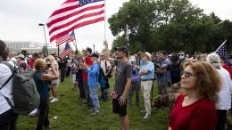 Trump-Anhänger demonstrieren vor dem US-Kapitol