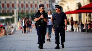 Stadt erwartet G7-Politiker und Demonstranten