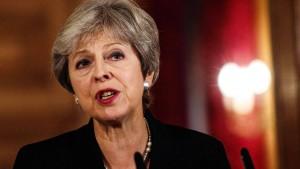 May demonstriert Härte nach EU-Gipfel