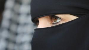 Kieler Universität verbietet Gesichtsschleier