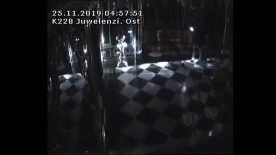 Überwachungsvideo zeigt Einbruch in Schatzkammer