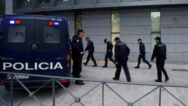 Die katalanische Führung vor Gericht