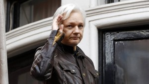 Julian Assange ohne Internet