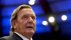 Schröder: Meine Rosneft-Ambitionen schaden der SPD nicht