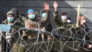 Regierung in Kiew wegen Unruhen im Osten alarmiert