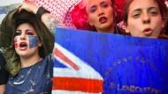 Seit dem Refendum protestieren immer wieder junge Briten gegen den Brexit, hier am 28. Juni auf dem Trafalgar Square.