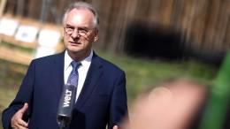 Haseloff strebt dritte Amtszeit an