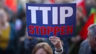 Demonstration gegen TTIP vergangenen November in Wiesbaden