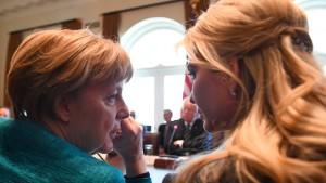 Trumps Tochter Ivanka bekommt Büro im Weißen Haus