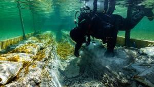 Mehr als 4500 Jahre altes Ur-Boot im Bodensee entdeckt