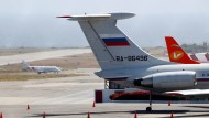 Ein russisches Armeeflugzeug in Caracas, Venezuela