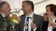 Freude bei der AfD: Alexander Gauland, Spitzenkandidat Leif-Erik Holm und Beatrix von Storch am Sonntagabend in Schwerin