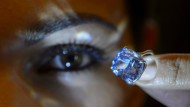 Milliardär ersteigert seltene Diamanten für seine kleine Tochter