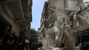 Wieder viele Tote bei Luftangriffen