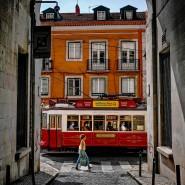 Nur ein kleiner Ausschnitt der portugiesischen Seele offenbart sich in diesen Wochen auf den Straßen Lissabons. Viel mehr verrät die Literatur.