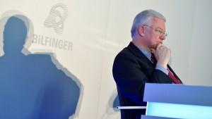 Roland Koch greift Aufsichtsrat von Bilfinger an