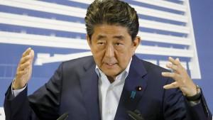 Abe fürchtet um sein Vermächtnis