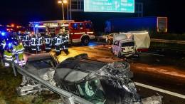 Schwere Unfälle auf der A2 mit 28 Fahrzeugen
