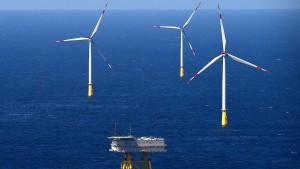 Grüne wollen mehr Strom aus Wind und Sonne
