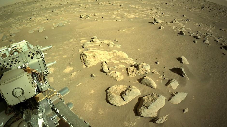 Das von der Nasa gestellte Bild zeigt den Mars-Rover am 14. April 2021.