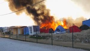 Mehr als 20 Verletzte bei Gewalt im Flüchtlingslager von Calais