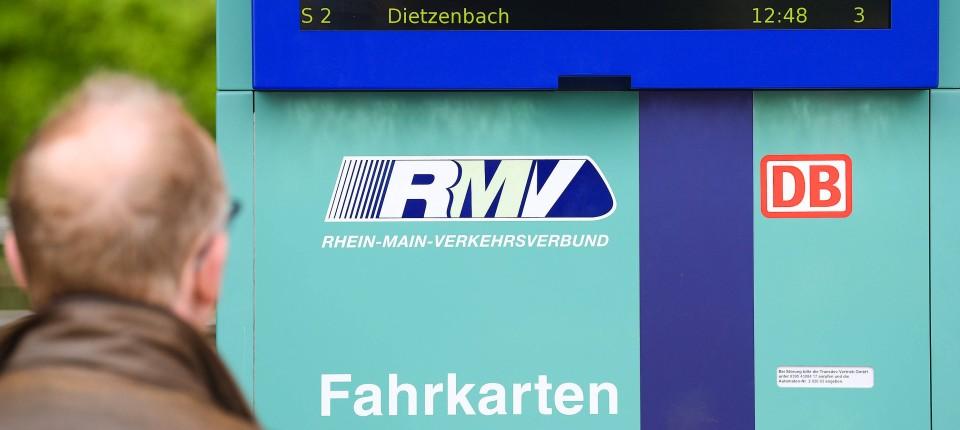 """Nach Automaten-Ärger: RMV verspricht """"deutliche Verbesserung"""""""