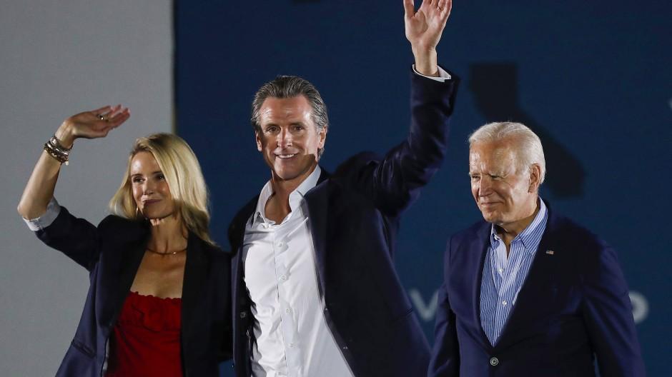 Unterstützung für Gavin Newsom von seiner Frau Jennifer Siebel Newsom und Präsident Joe Biden in Long Beach