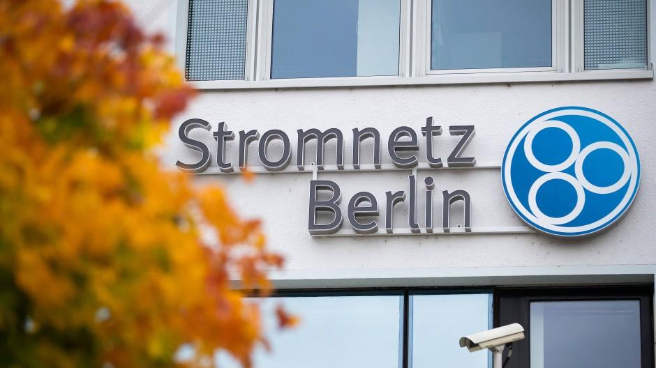 Das Logo am Hauptsitz der Stromnetz Berlin GmbH.