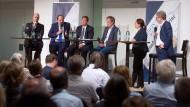 Macht unser Essen krank? Bernd Kütscher, Johann Lafer, Bernd Kurzai und Jürgen Stellpflug im Gespräch mit Jacqueline Vogt und Manfred Köhler (von links)