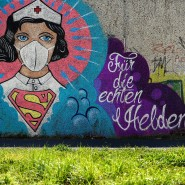 Helden des neuen Alltags? Ein Graffiti in Hamm huldigt den Krankenschwestern und Ärzten in der Corona-Krise.