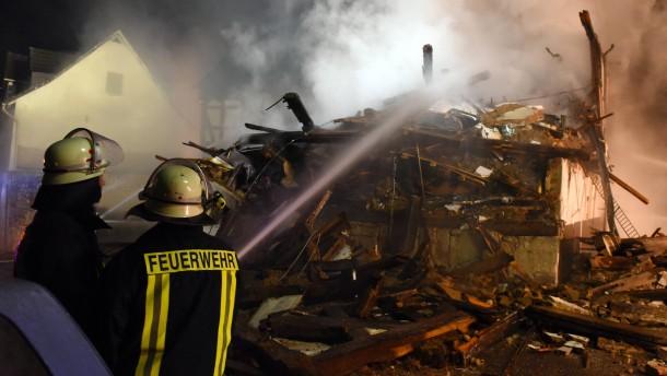 Von Ausländern bewohntes Haus brennt ab
