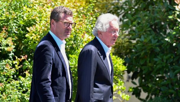 Kohl-Anwalt wird Minister in Nordrhein-Westfalen