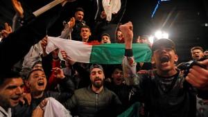Holt Algerien den politischen Frühling nach?