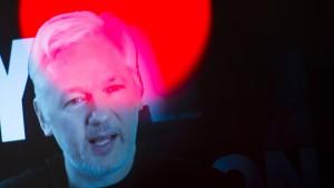 Assange, der Erzfeind Clintons