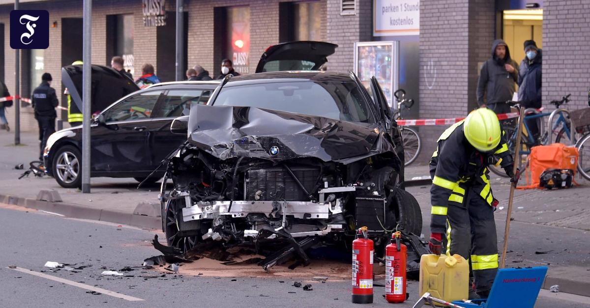 Zwei Tote: Mann fährt in Fußgängergruppe in Frankfurt