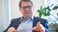 """""""Überparteilich können andere besser"""": Ralf Stegner"""