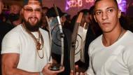 Gut verschanzt hinter der Kunstfreiheit: Rapper Kollegah und Farid Bang