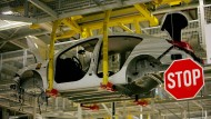 Hängepartie: Weil der Absatz des Modells Insignia in Großbritannien seit dem Brexit-Votum gesunken ist, arbeiten gut 3000 Opelaner in Rüsselsheim kurz.