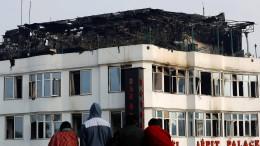 17 Tote bei Hotelbrand in Delhi