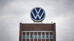 Staatsanwaltschaft klagt sechs weitere VW-Manager an