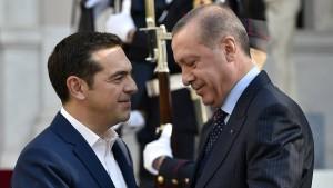 Tsipras verhindert Asyl für geflohenen türkischen Soldaten