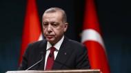 Glücklich sieht anders aus: der türkische Präsident Erdogan in Ankara