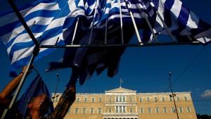Griechische Abgeordnete überweisen Privatvermögen ins Ausland