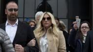 Sängerin Kesha vor dem Obersten Gerichtshof der Vereinigten Staaten am 19. Februar.