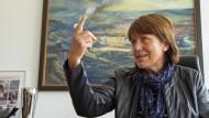 Die Zwickauer Oberbürgermeisterin Pia Findeiß in ihrem Büro im Rathaus der Stadt