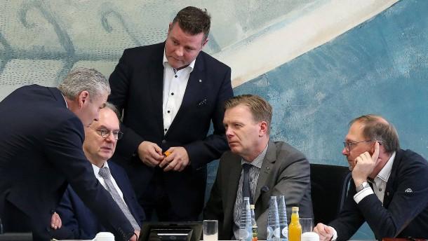 CDU Sachsen-Anhalt bestellt Fraktionsvize wegen AfD-Äußerung ein