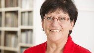 Die Bundesvorsitzende des Weißen Rings, Roswitha Müller-Piepenkötter, fordert Anwälte für Opfer.