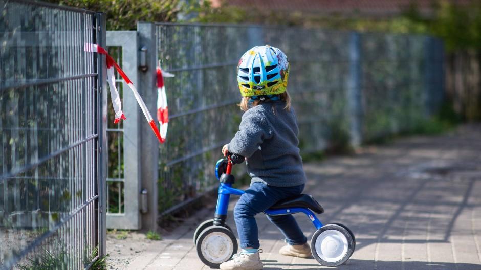 Startbereit: Nächste Woche geht es für viele Kinder in Frankfurt wieder los.